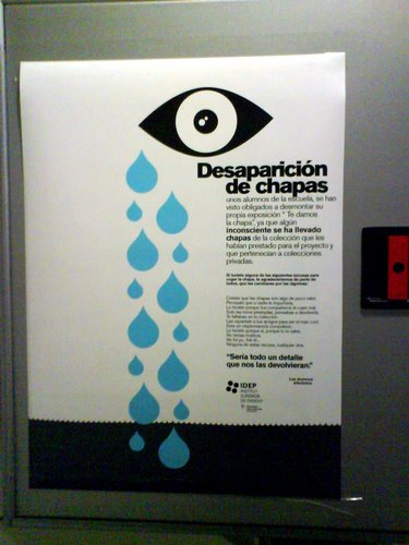 Poster sobre la desaparición de chapas